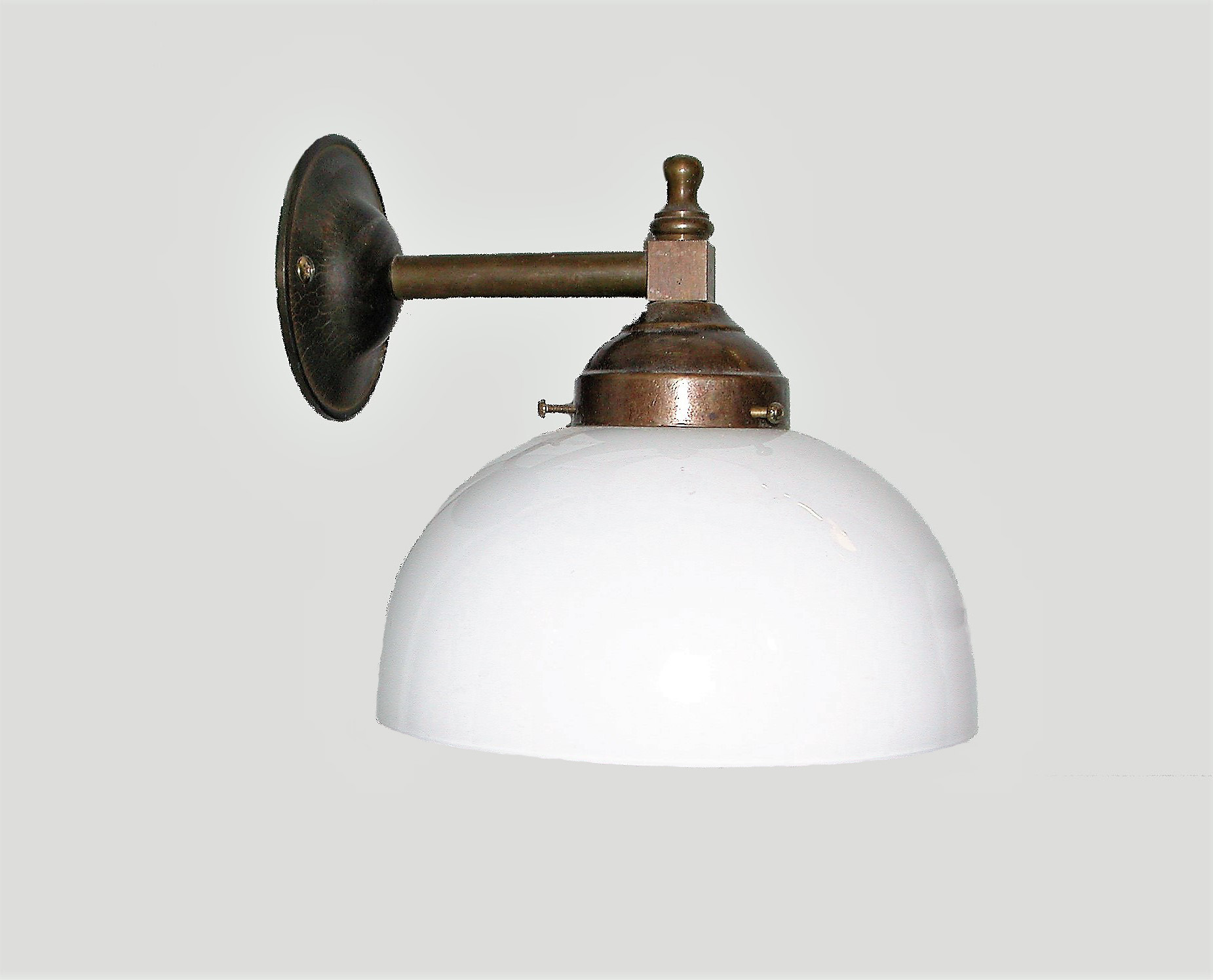 Lampade a parete : lampada a parete in ottone brunito e vetro