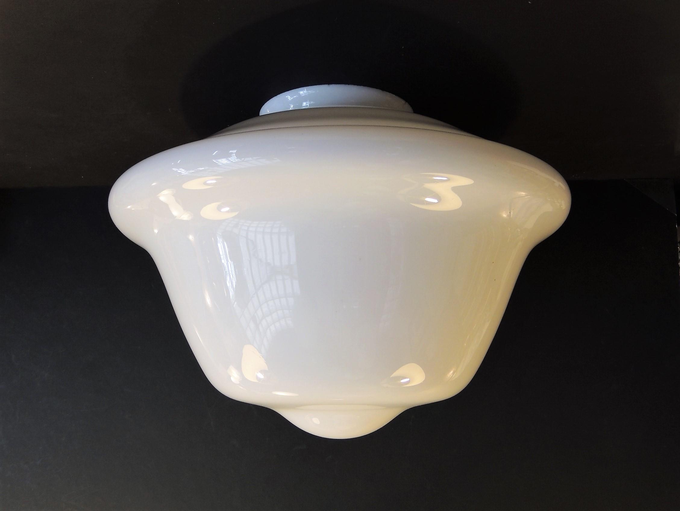 Plafoniere In Vetro Per Lampadari : Vetri di ricambio per lampadari d epoca vetro plafoniera o