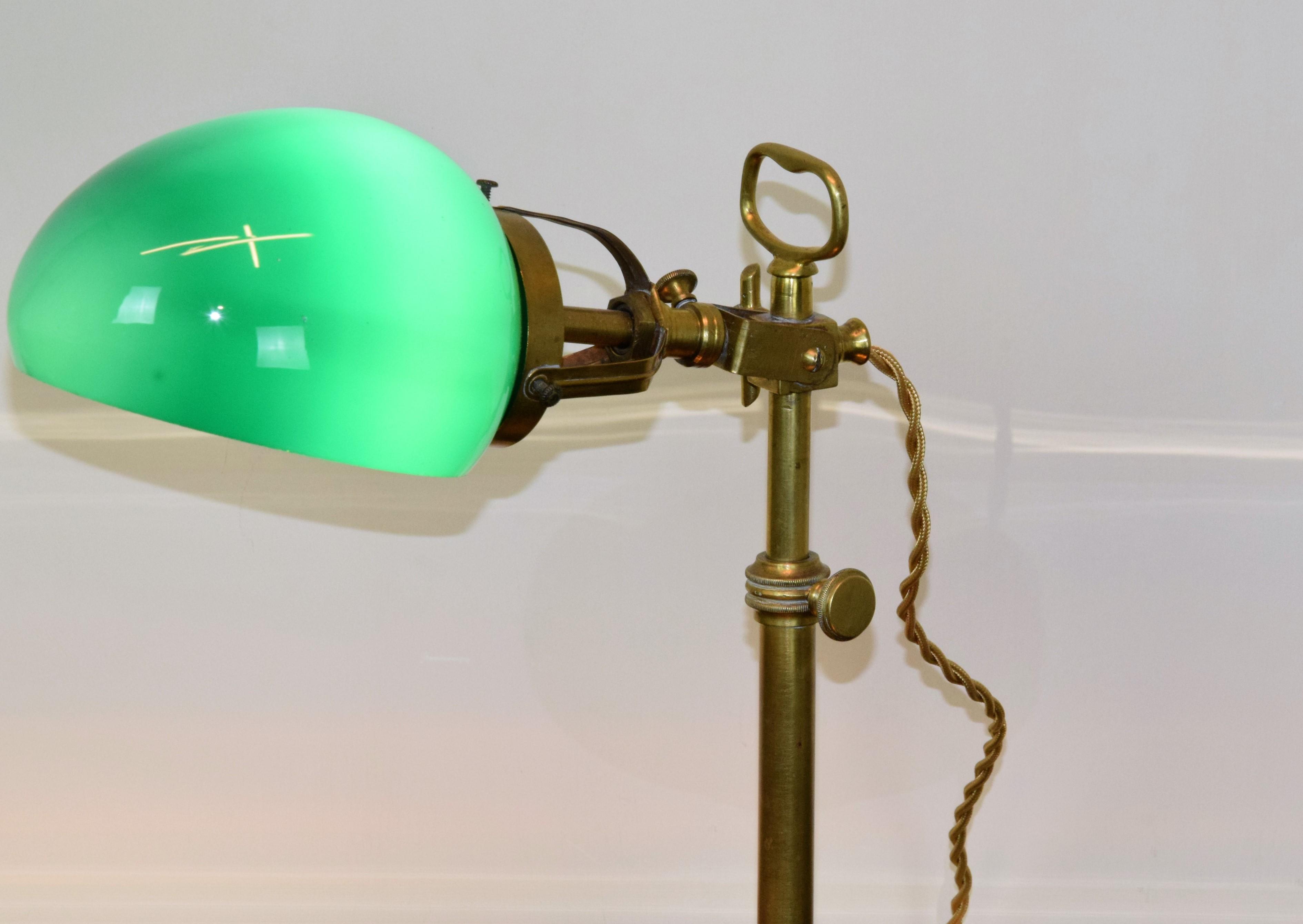 Lampade Vintage Lampada Da Scrivania Con Vetro Verde Art Lv 001 Rossi Illuminazione Vicenza
