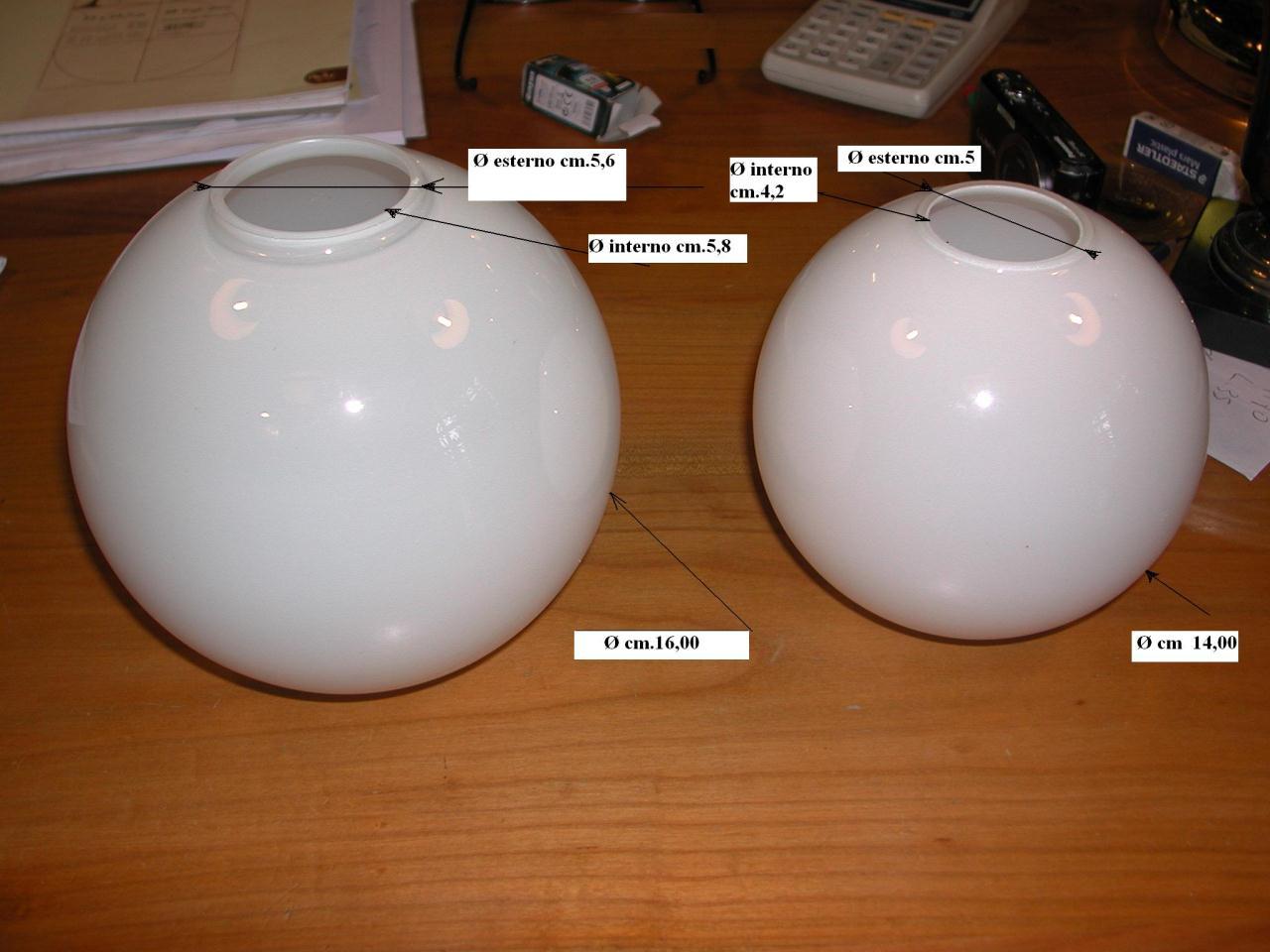 Vetri di ricambio per lampadari sfere in vetro opalino bianco